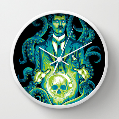 Everybody loves Lovecraft clock