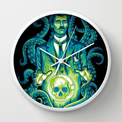 Everybody loves Lovecraft clock