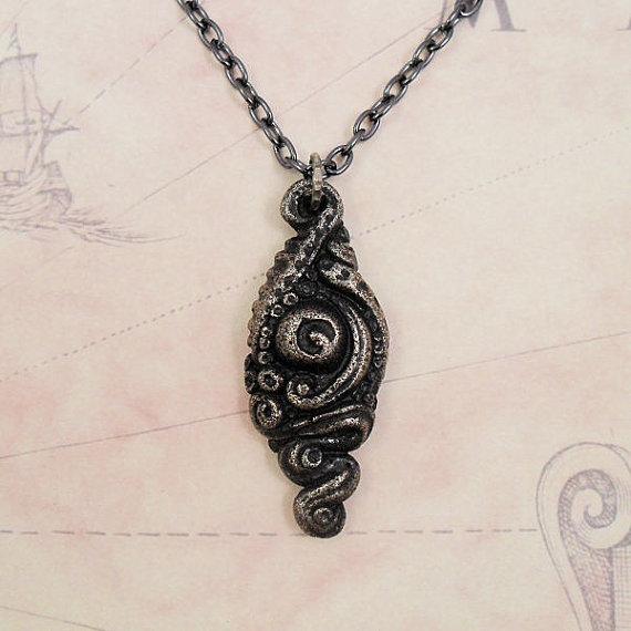 Azathoth Amulet
