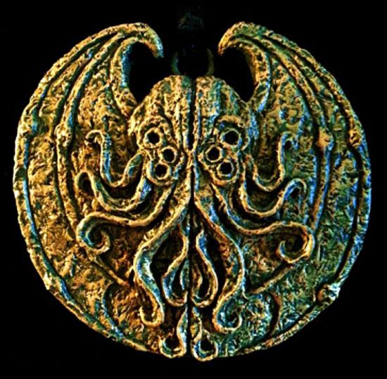 cthulhu medallion