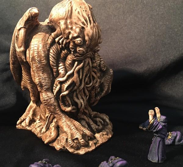 cthulhu idol statuette