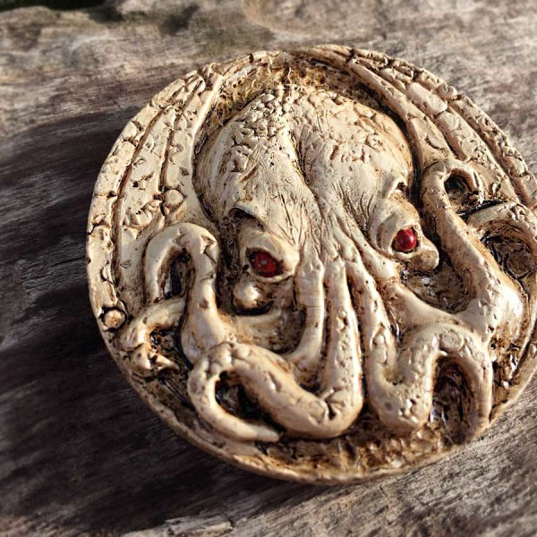 cthulhu medallion magnet bone