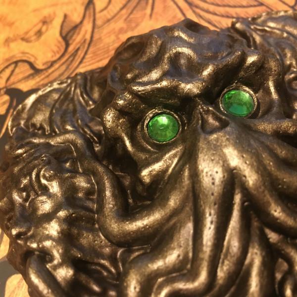 lovecraft planchette green eyes